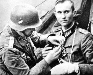 ww2-second-world-war-german-army-wehrmacht-nazi-germany-rare-pictures-images-photos-iron-cross-001